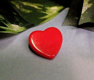 Vintage Charming Little Red Heart Bakelite Pin Brooch - Perfect for Valentines!!