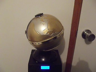 Vintage Retro world globe AM Radio Fleetwood works well cosmetic good.