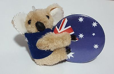 Aussie Badge with Koala Wearing 'I Love Australia Vest' Cling On. 44mm Badge