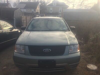 2005 Ford Taurus X/FreeStyle  2005 Ford Freestyle SE 3.0L