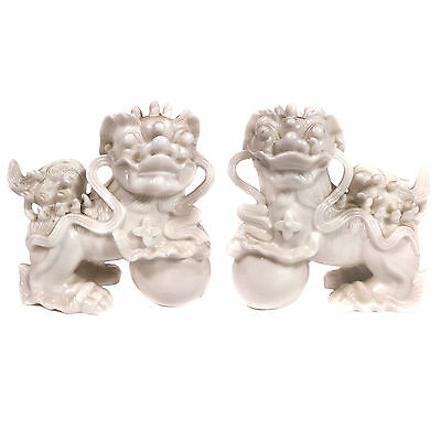 """Set of 2 Duo Vintage Chinese White Porcelain Foo Dogs 5.25""""."""