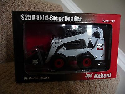 Bobcat S250 Loader Diecast Collector Scale Model 1.25 Wan Ho Melroe IR New