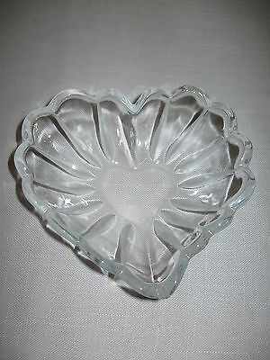 Candy Dish Crystal Clear Glass Heart Shape Frosted Satin Lines Scallop Rims