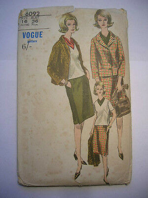 VOGUE Sewing Pattern 1960s JACKET,SKIRT,BLOUSE & SCARF Size 16 #6092 Unused