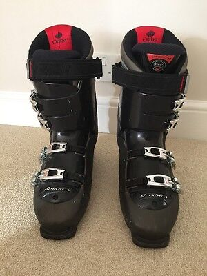 Nordica N9.2 Men's Ski Boots Size 300-305 (U.K. 11-11.5) With Boot Bag