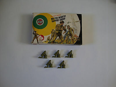 Airfix British Infantry Support Group figures 1/32 scale .
