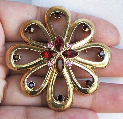 Vintage High Quality Garnet Faceted Rhinestone Gold Tone Brooch/Pin