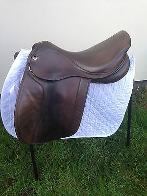 "17.5"" Wide Cliff Barnsby  Hunter/show Saddle"