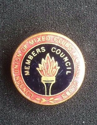 badge london union of mixed clubs and girls clubs