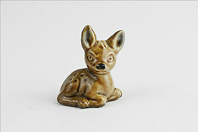 Vintage Wade Whimsies Fawn Bambi - Porcelain Animal Figurine - Small Collectable