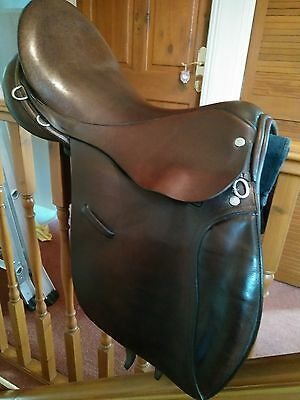 Falcon Brown Leather Working Hunter Saddle 16.5