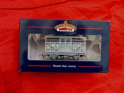 BACHMANN 33-656 - OO GAUGE - CATTLE WAGON BR B/GREY WEATHERED - boxed - NEW