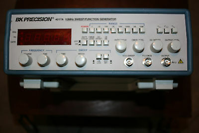 BK 4071A  10Mhz Function Generator - GOOD CONDITION