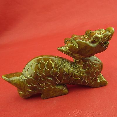 Jade Dragon beautiful hand-carved pieces of jade ornaments play B757
