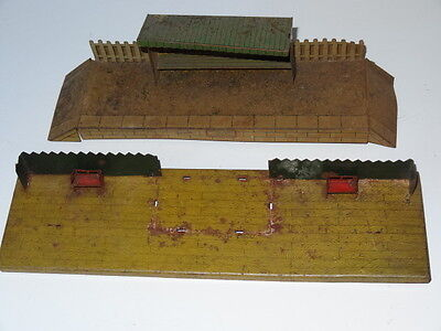 2 Hornby Meccano O Gauge Tinplate Railway Station Platforms With Seats