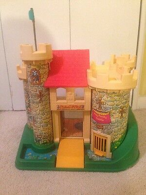 Vintage Fisher Price Little People Family Play Toy Castle 993 1974 (Castle Only)
