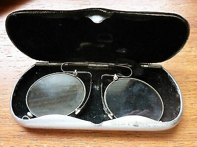 ANTIQUE FRENCH PINCE NEZ in ORIGINAL CASE