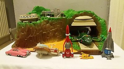 Thunderbirds Tracey Island Electronic Playset 1999 Complete with Vehicles & Box