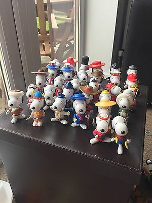 McDonald's Fast Food Toys Snoopy 1999 World Tour Complete Set