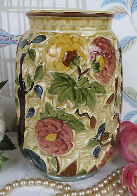 Gorgeous H J Wood Indian Tree Handpainted Vase Staffordshire 1769K