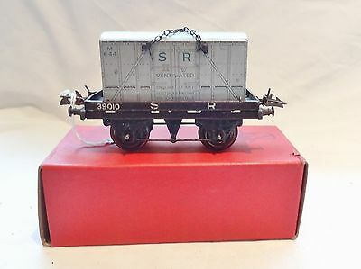 030: Boxed Hornby O Gauge SR  Flat Truck With Contaainer