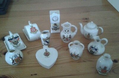 11 pieces of crested china