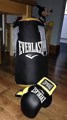 Children's * Punch * Bag * And * Gloves