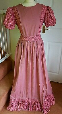 Ladies size 16 Victorian style Dress Floral Pink