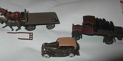 Rare OO Gauage Model Train Railway metal Ford Saloon, Lorry & horse with cart