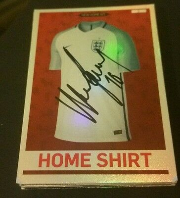 Englannd Home Fit Badge Card Signed By Wayne Rooney  16X17 Season