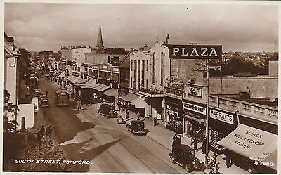 RP Postcard. Plaza Cinema, ROMFORD. Posted in 1947.