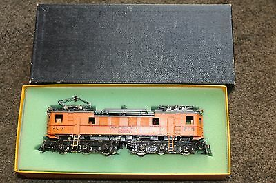 HO Brass TRAIN: CSS&SB SOUTH SHORE CUSTOM PAINTED 700 ELECTRIC LOCO NICKLE PLAT