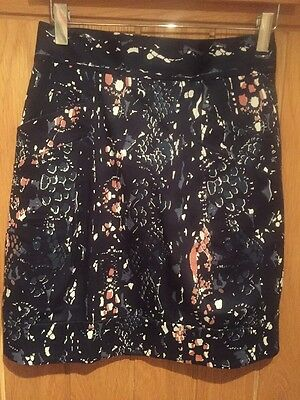 Ladies Size 8 Skirt , By French Connection . New