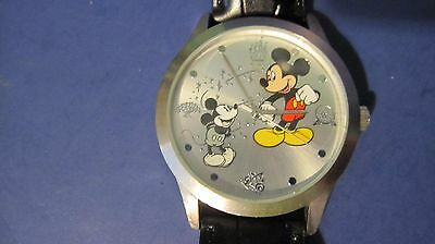 Vintage Mens DISNEY Mickey Mouse Watch Through the Years Limited Release Working