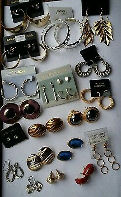 A Job Lot Of Vintage Paired Earrings (All Pierced)