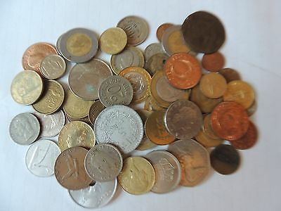 COLLECTION / BULK LOT OF WORLD COINS - Ref 76