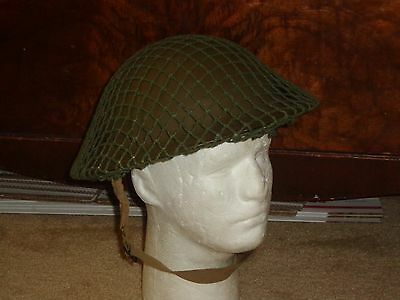 1942 Ww 2 Canadian Army Mk Ii Helmet With  7 1/2 Liner, Chinstrap & Net