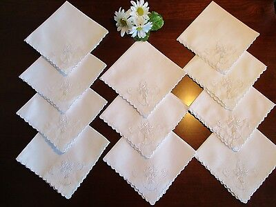 "11 Linen Eyelet & White Embroidered ""Tea"" Napkins Baskets of Flowers, Vintage"