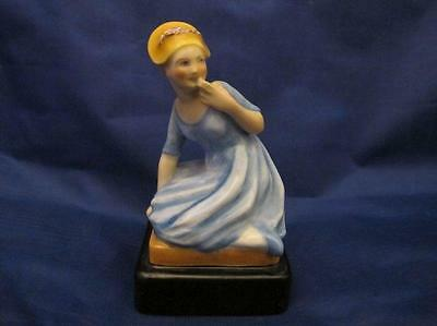 Rare Royal Worcester Figurine Coquette By Phoebe Stabler #2884 (Puce Mark)