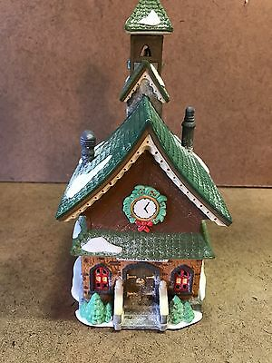 Dept. 56 Heritage Village North Pole Series North Pole Chapel Nice Take A Look!