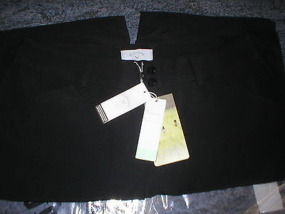 """BNWT Ladies Callaway Repreve golf shorts size 6 - about 30"""" waist"""