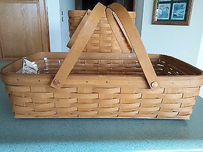 Longaberger Medium Gathering Basket in Warm brown stain with protector  NEW