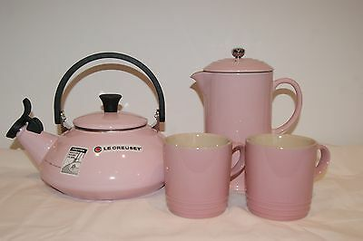 Le Creuset 1.5L Kettle, Coffee Cafetiere w/ Metal Press & 2 x 350ml Cups - Pink