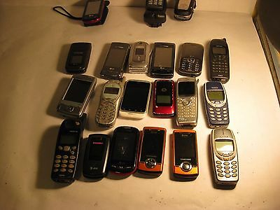 LG NEC HTC Nokia Cingular Motorola Samsung Sanyo Cell Mobile Phones Lot of 21