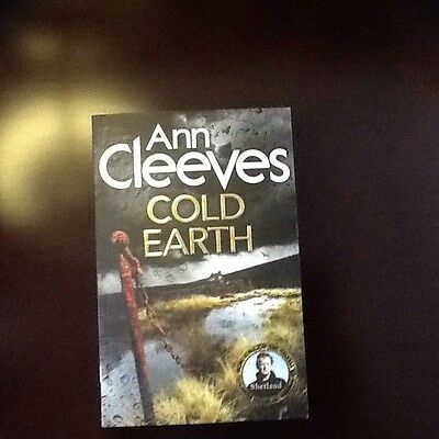 by Ann Cleeves new Cold Earth(Shetland)Paperback