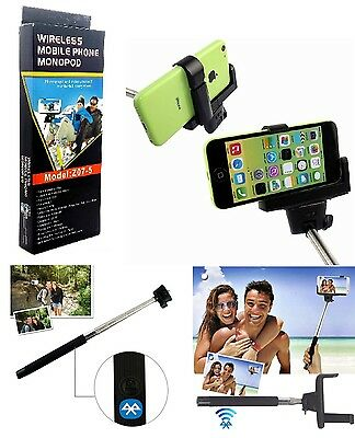 the selfie stick and bluetooth remote shutter black and green picclick uk. Black Bedroom Furniture Sets. Home Design Ideas