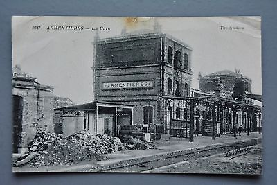 R&L Postcard: WW1 Shell Damage Train Railway Station Armentieres Belgium La Gare
