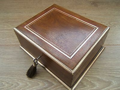 LOVELY 19c FRENCH WALNUT  ANTIQUE INLAID JEWELLERY BOX - FAB INTERIOR