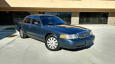 2008 Ford Crown Victoria  2008 Ford Crown Victoria Street Appearance Package Fully Equipped NO RESERVE!!!!