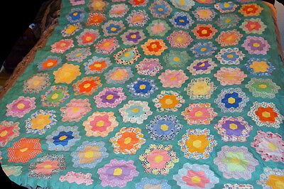 Vintage 1930s Quilt TOP  GRANDMOTHERS FLOWER GARDEN QUILT 82 x 71 hand sewn all